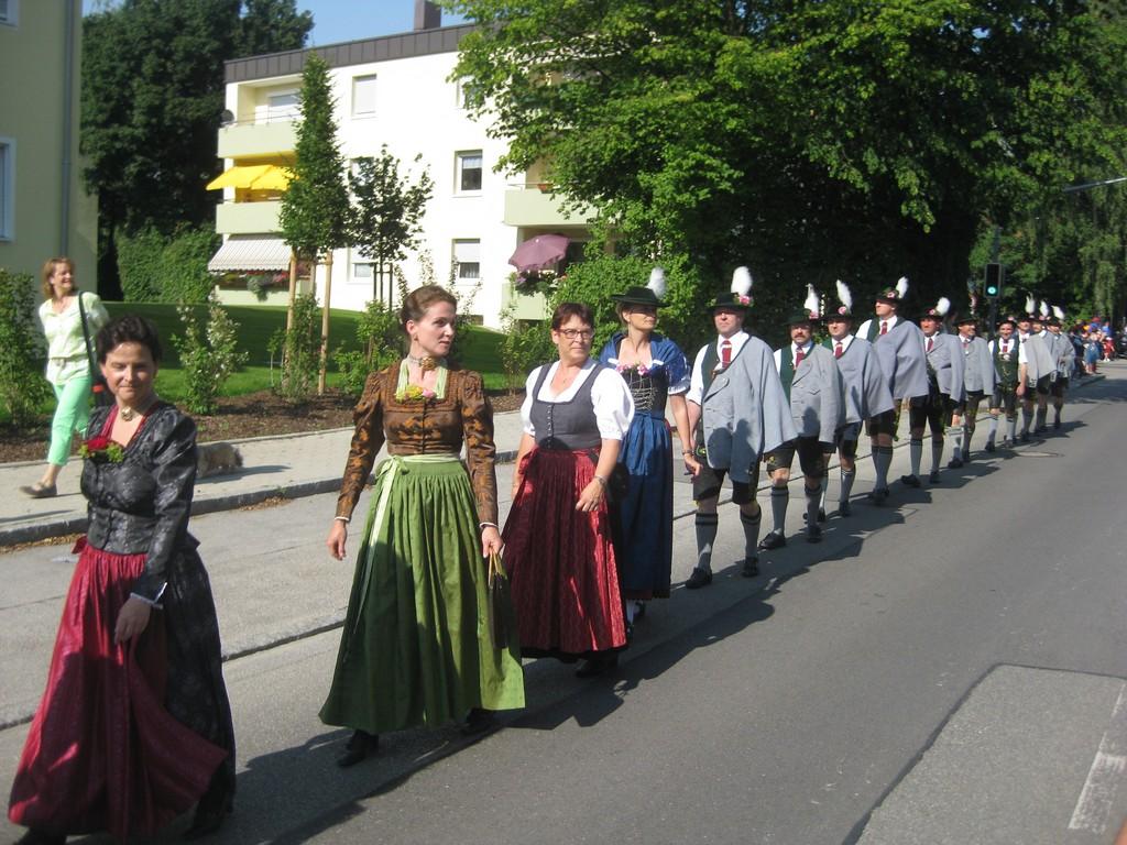 20130712-volksfest-einzug-008