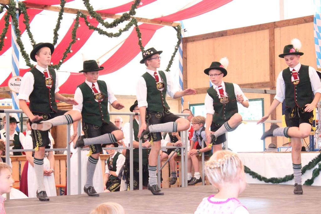 20140713-volksfest-auftritt-021