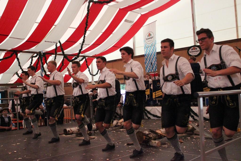 20140713-volksfest-auftritt-040