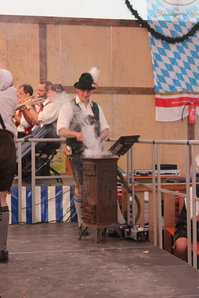 20160710-volksfest-autritt-039