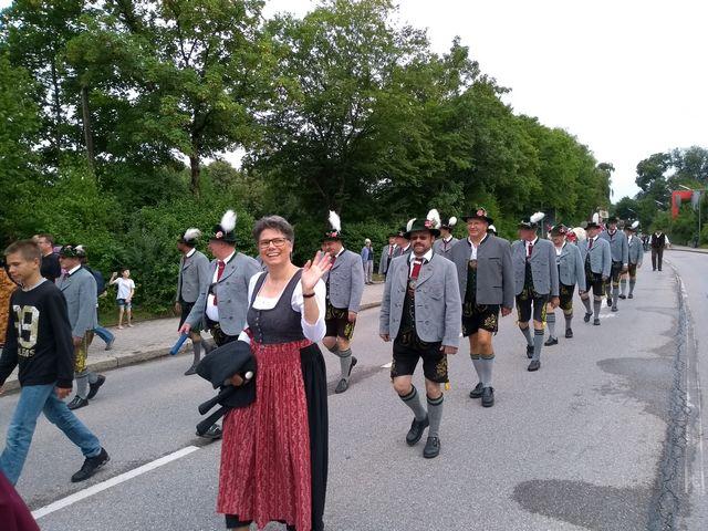 20180706-volksfest-einzug-004