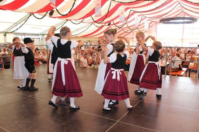 20180708-volksfest-auftritt-006